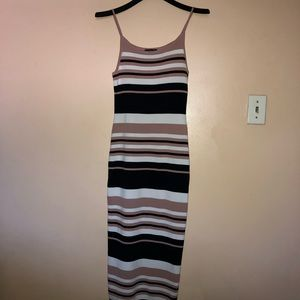 Dresses & Skirts - Midi Bodycon Dress